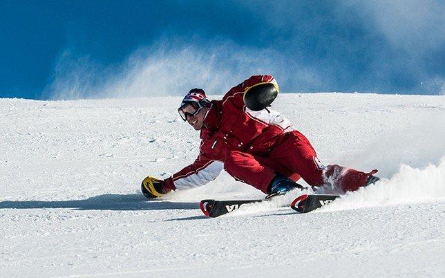 Wintersport; black@white media; Imagefilm und Videoproduktion aus München; Skifahrer